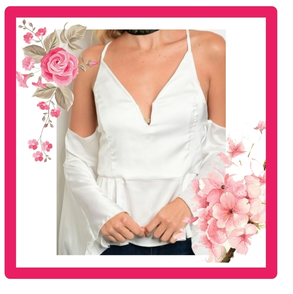 CLOSING Small New White Cold Shoulder Top